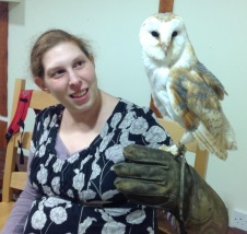 Wife w. 10yr old barn owl = flying obsessed & obedient